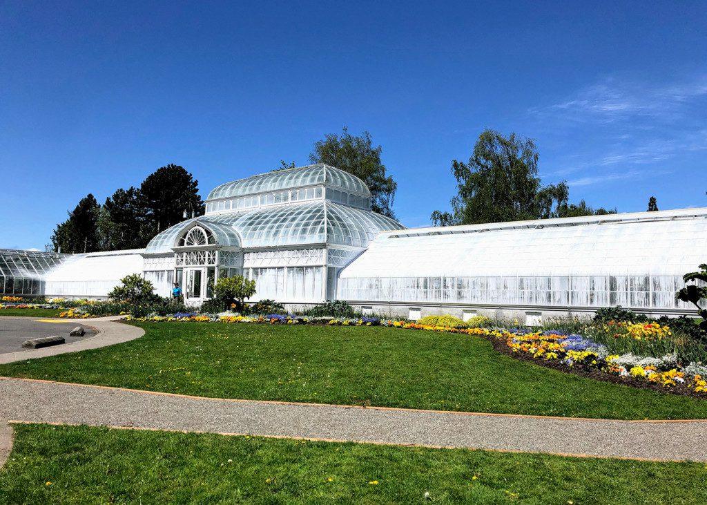 Volunteer-Park-Conservatory